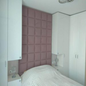 спальный гарнитур из угловых шкафов, тумб и кровати с изголовьем из мягкой обивки от 32000 руб.