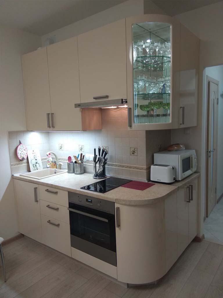 Кухонный уголок - маленькая кухна на заказ