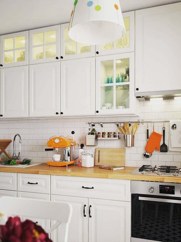 Светлая мебель для кухни под заказ
