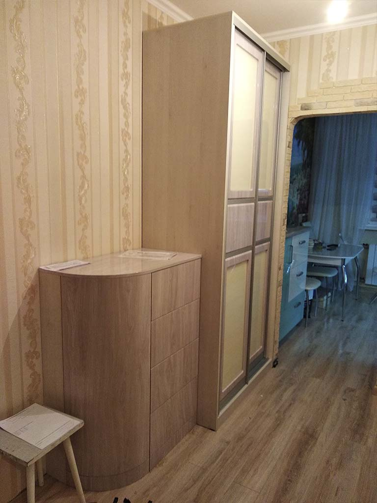 Мебель на заказ для коридоров