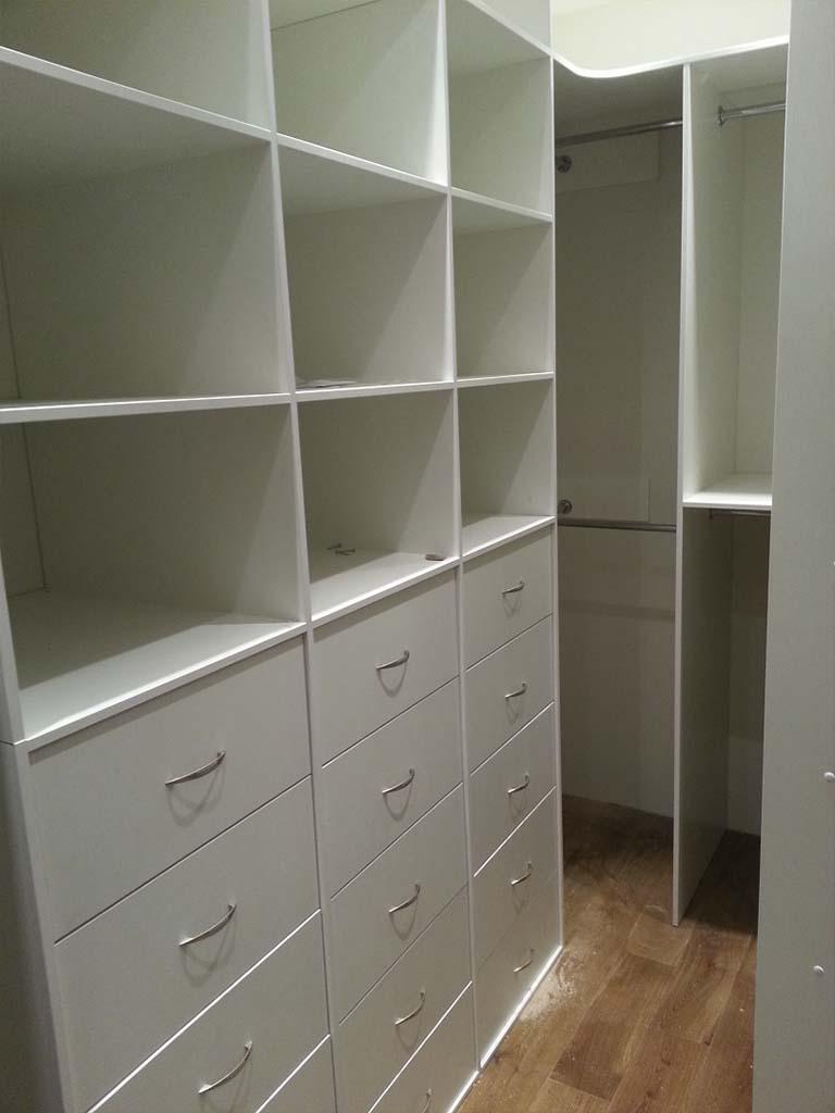 Мебель для комнат на заказ