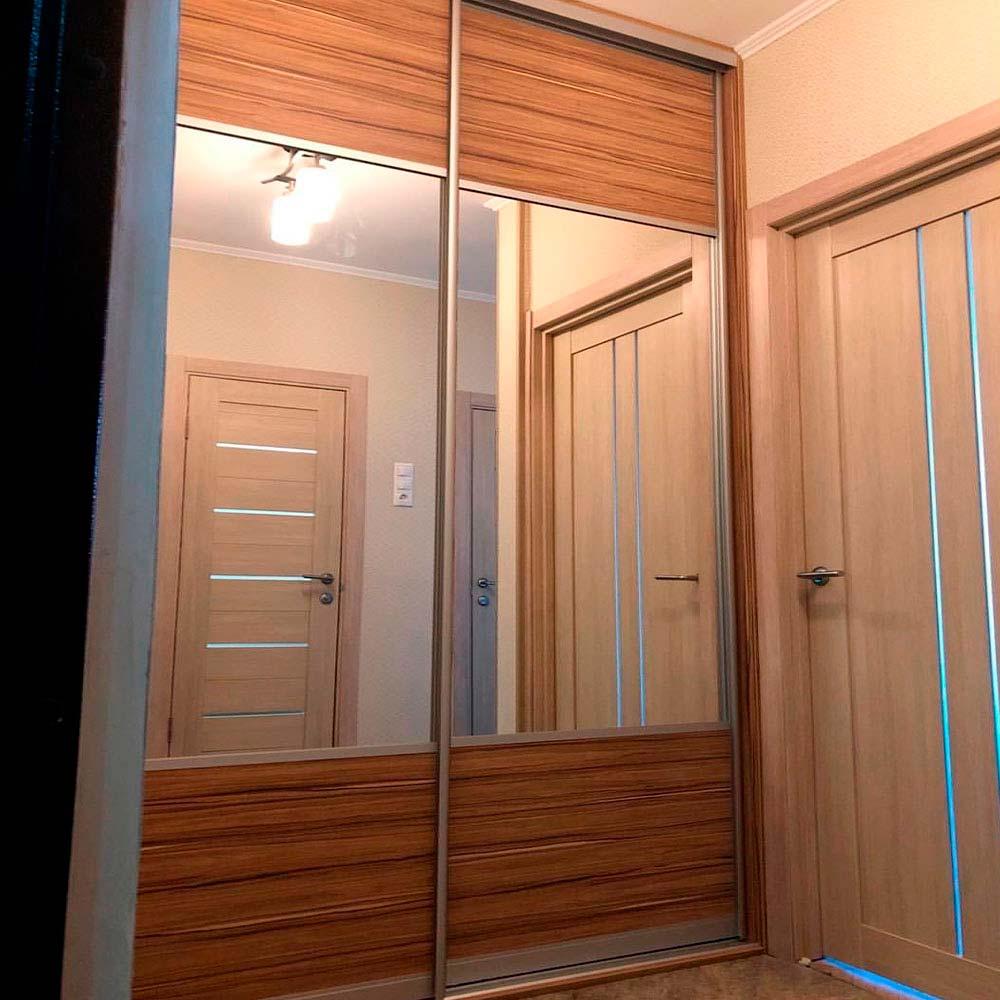 Корпусный шкаф-купе С комбинированным фасадом и с зеркалом от 20200р